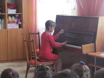 http://dnzteremok1.ucoz.ua/muzika16/mikh_i_muz_shkola_028.jpg