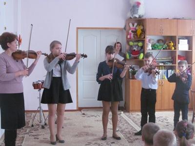 http://dnzteremok1.ucoz.ua/muzika16/mikh_i_muz_shkola_030.jpg